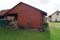 Zahradní domek s dřevníkemKolín