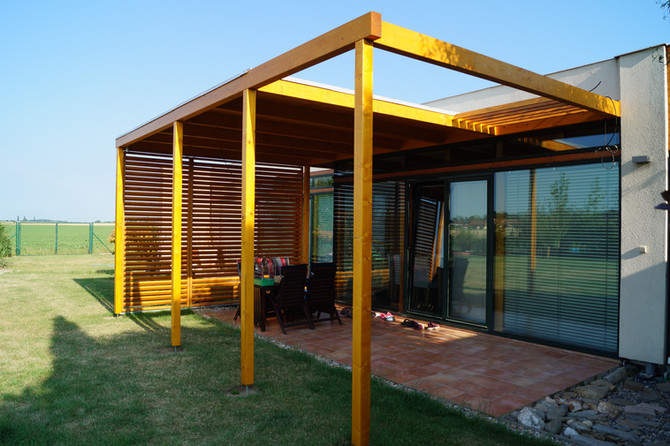 Moderní pergoly s plochou střechou