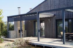 Zastínění dřevěné terasy stahovacím látkovým baldachýnem Chrudim