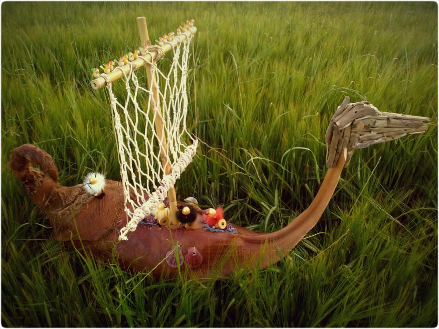 barco solo hierba.jpg