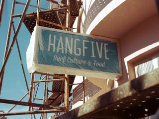 Music & Hangfive