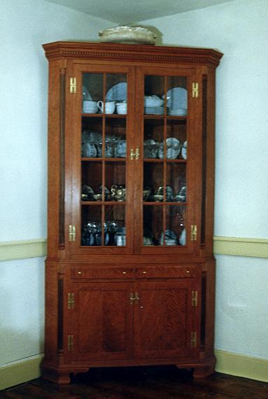 Philidelphia+Corner+Cabinet.JPG