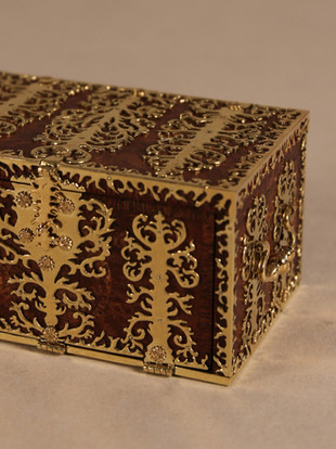 17th c. Dutch Strong Box, chest finished