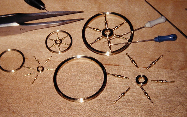sw26  French spinning wheel, fitting whe