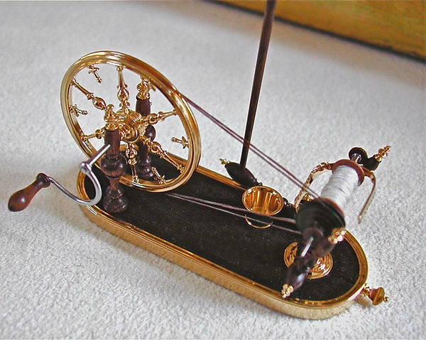French spinning wheel, 1_6th scale detai