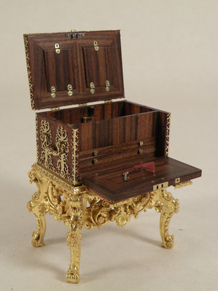 17th c. Dutch Strong Box, chest opened