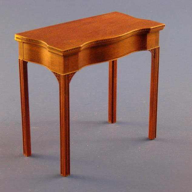 Rhode Island tea table, swiss pearwood, 1981