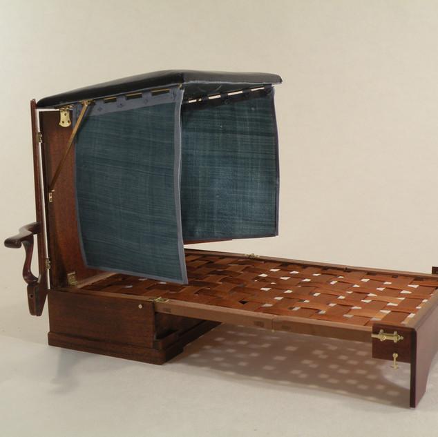 George II Metamorphic Bed, extend frame