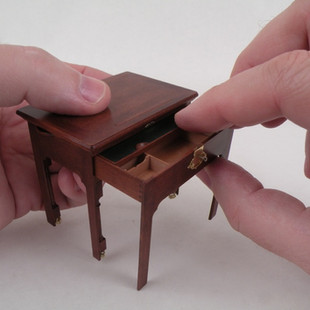 English Architect's Table, front opened, notice: the book rest is retracted