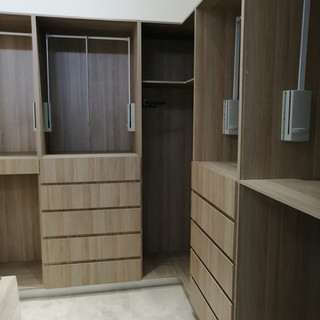 closet1.jpeg