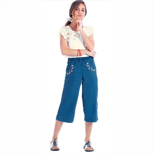 Conjunto blusa brisa e pantacourt jeans