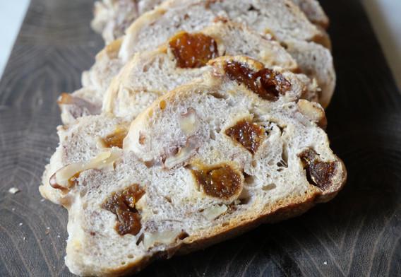 Les pains aux fruits secs BIO