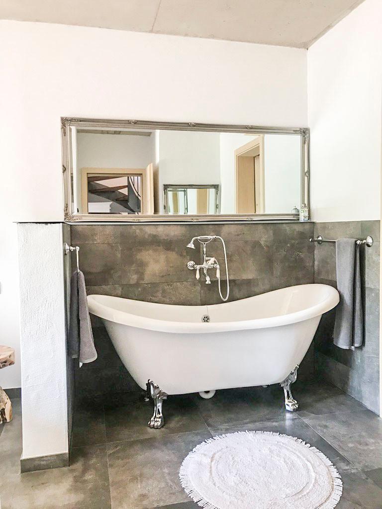 Bedroom Bathroom En Suite