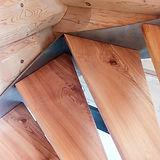 48 Schreinerarbeiten Treppenstufe.jpg