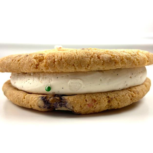 Vanilla Stuffed Cookie