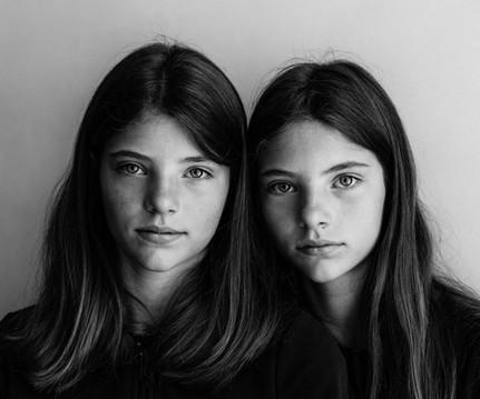 EV - ME Solo - Edward Hermans - 03 - Sisters.jpg