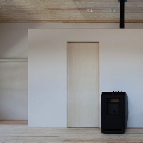 杉板の天井と床