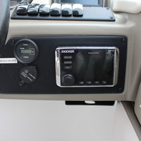 2019 Crownline E235xs wakeboard tower (1