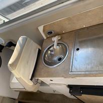 2007 Campion 622i SE sink fridge, grill.