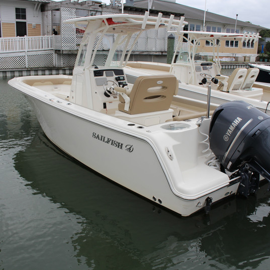 2019 Sailfish 241CC white (1).JPG