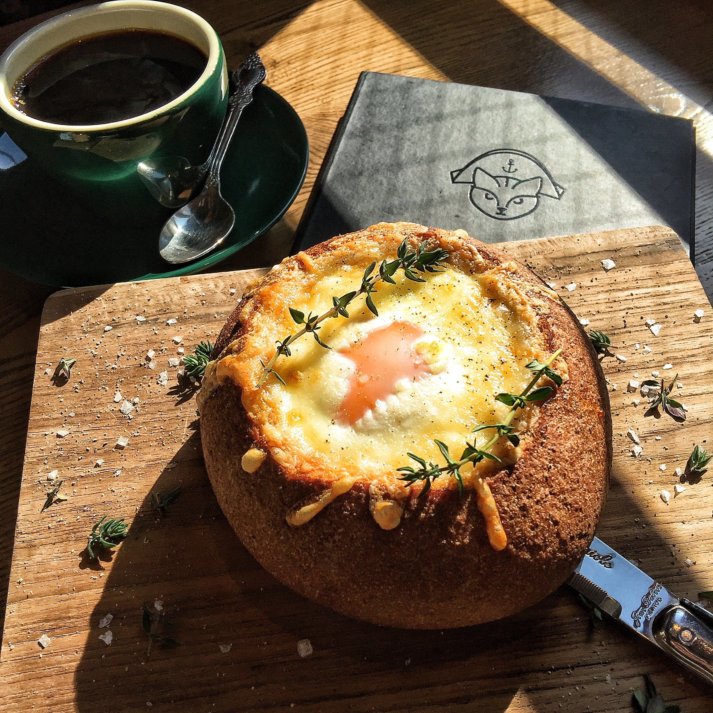 東京 朝食 Bread and Breakfast