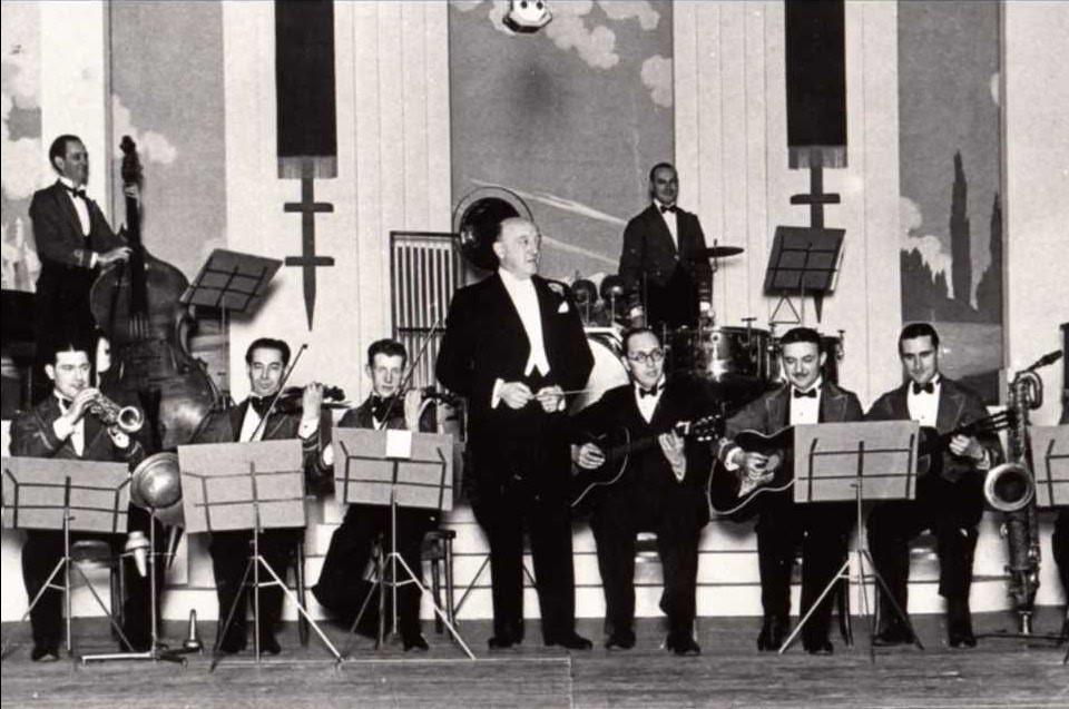 Herman Darewski and band