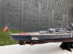 Starboard bow.jpg