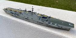 starboard bow upper.jpg