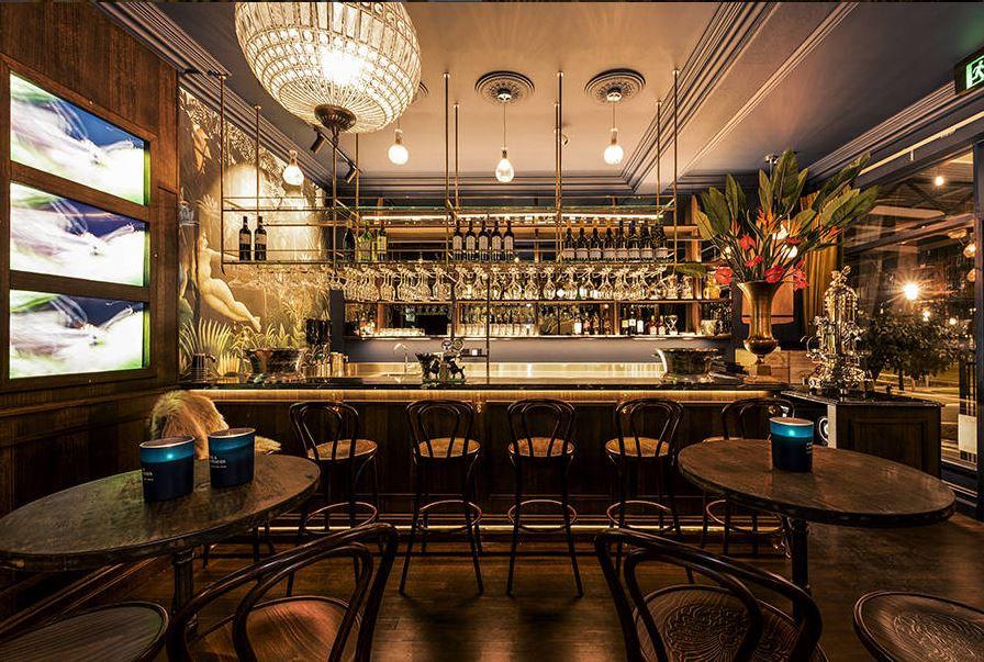 Argyle Bar.JPG