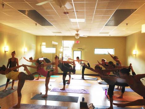Yoga Flow Class - Dancers Pose