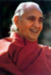 Swami Rama Smiling.jpg