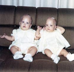 18 Cindy & Cathy.jpg