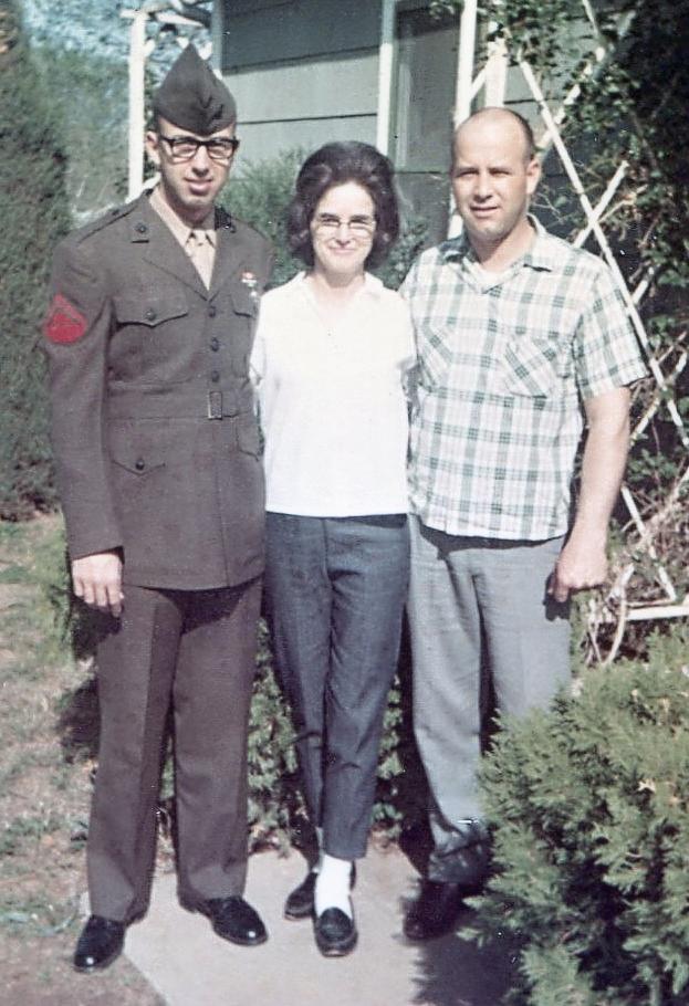 8.5 1967, April 4  Derl, Mom & brother Berl Jr..jpg