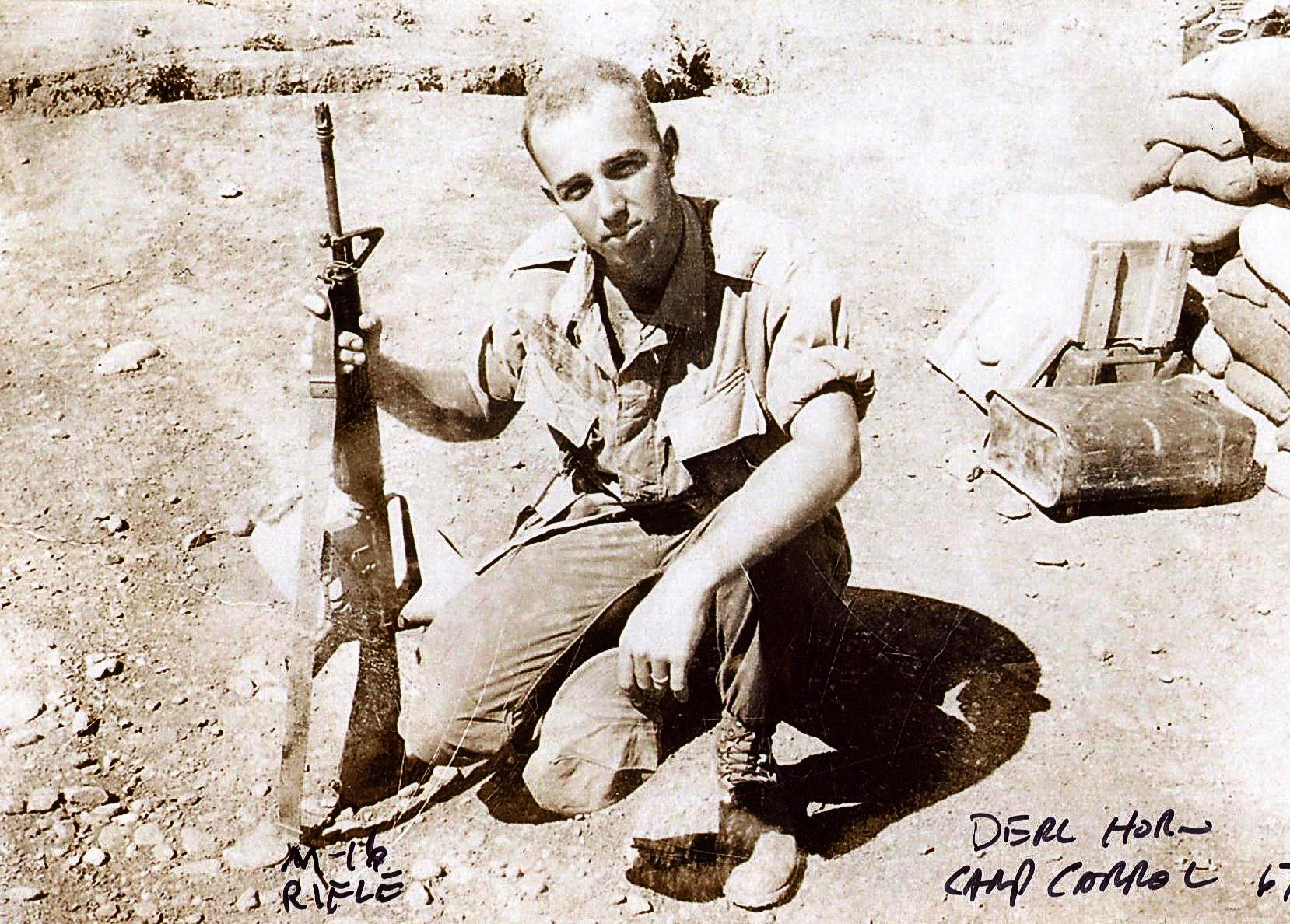 10 Derl in Vietnam 1967.jpg