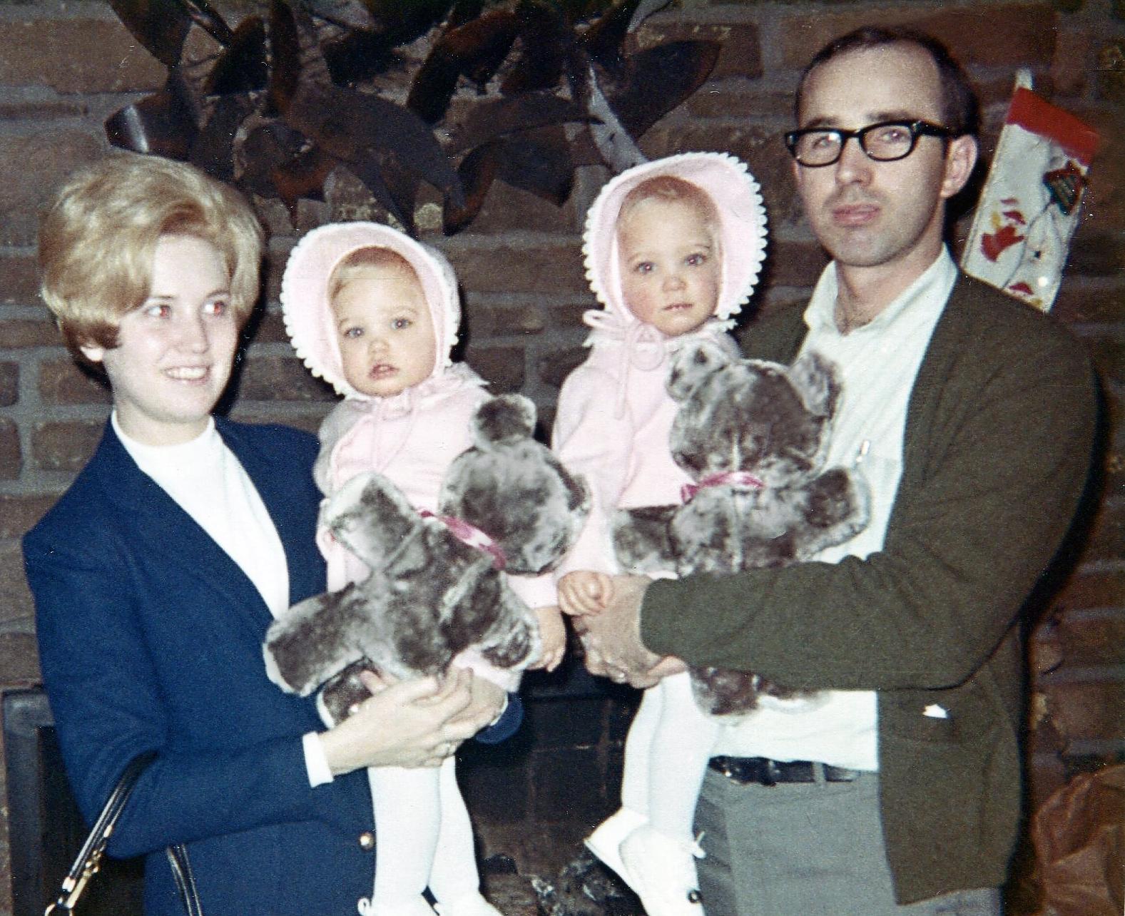 18.5 1968 Christmas at Tunes.jpg