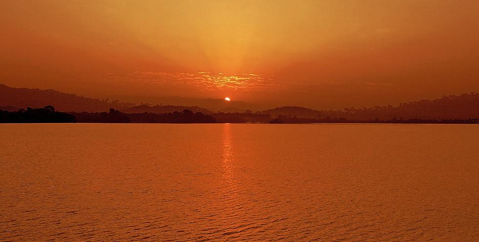 Sukhna-Lake-Sunrise-Chandigarh.jpg
