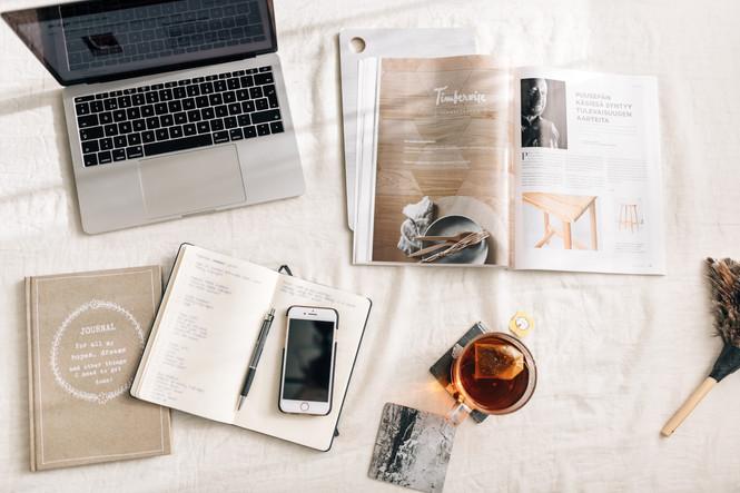 desktop-photography-office