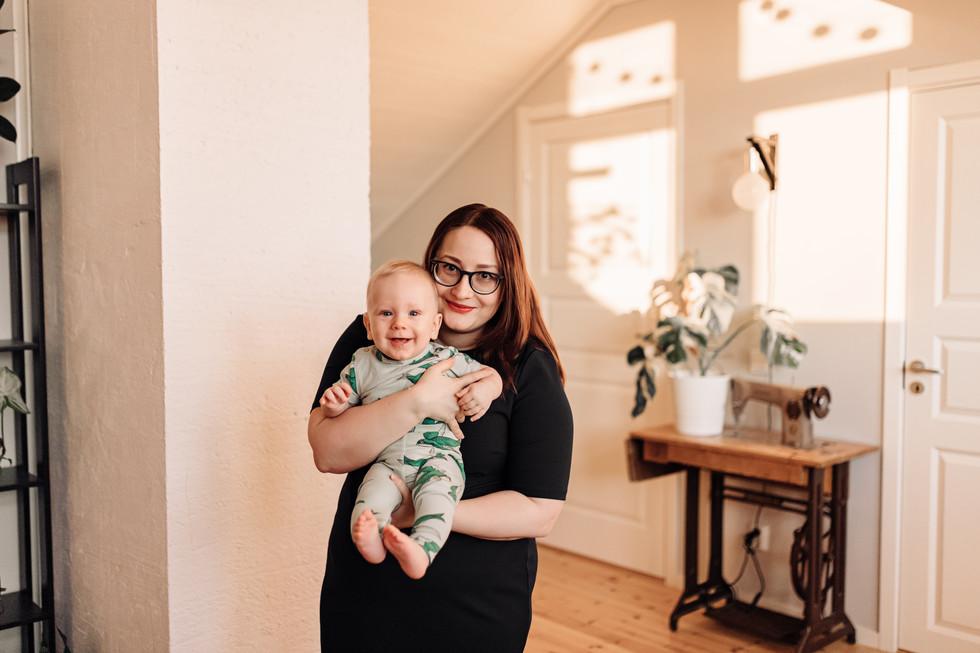 Vauvakuvaus kotona