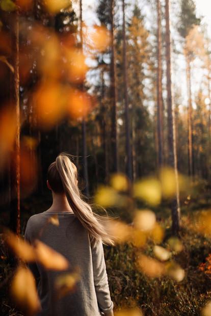 luontokuva-kuvapankki-yritykselle-valokuvaaja-sisällöntuotanto-henkilö-luontokuva