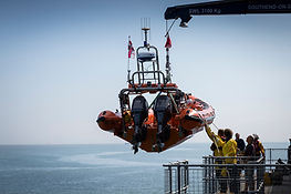 Lifeboat being dispatched from the end of Southend Pier