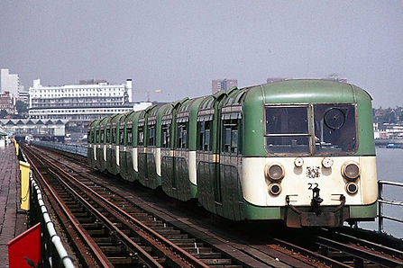 Image of green pier train 1949