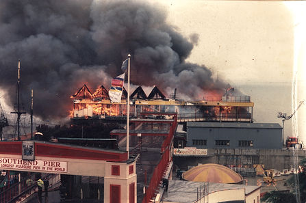 Southend Pier on fire 1995