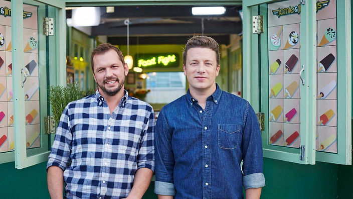 Jimmy Doherty and Jamie Oliver on Southend Pier