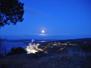 April fullmåne