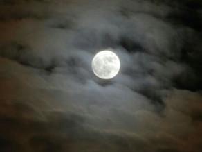 Februari Fullmåne