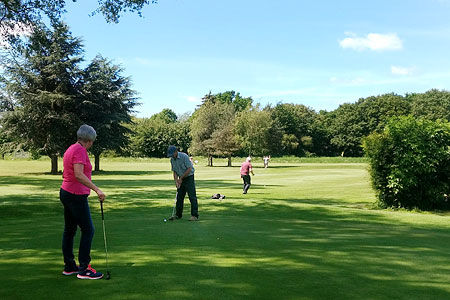 Pitch-&-Putt-on the course-Ferry Meadows