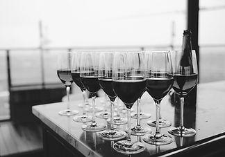 restaurant-bar-glass-glasses-66636.jpg