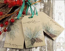 holiday gift tags pincone kraft green ri