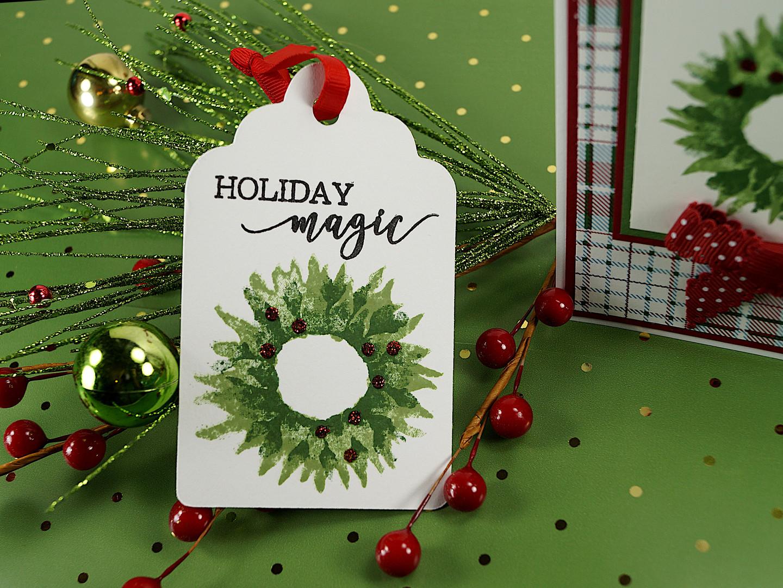holiday magic wreath christmas gift tag