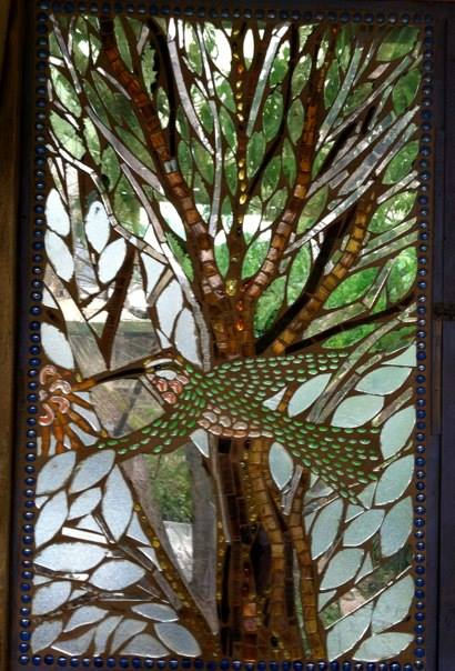 Facebook - Hummingbird--familiar to all who visit Cafe La Puerta and San Pedro L